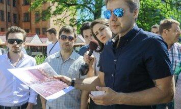 ФОТО: Ушаков проверил качество ремонта на улице Кр.Барона