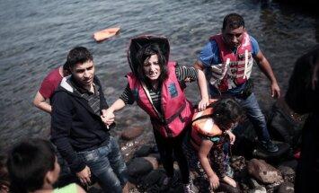 ES komisārs mudina dalībvalstis paātrināt bēgļu izmitināšanu