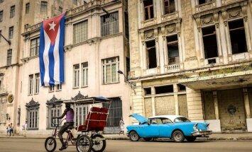 Vairums amerikāņu atbalsta ASV un Kubas attiecību uzlabošanu, secina aptauja