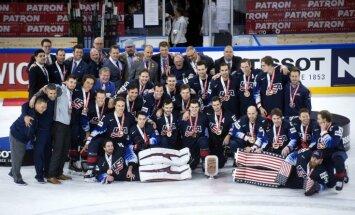 ASV hokeja izlase pēc trīs gadu pārtraukuma tiek pie PČ medaļām