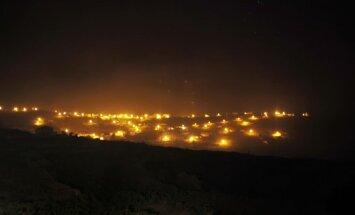 Spānijas Gomeras salu plosa meža ugunsgrēki; naktī evakuē 1000 cilvēkus