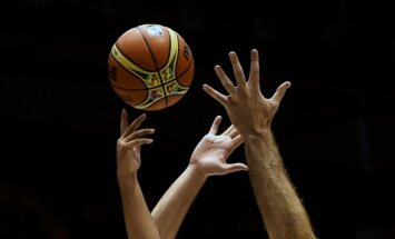 FIBA sākusi izmeklēt aizdomīgo Austrālijas zaudējumu Pasaules kausa mačā