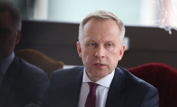 Зарплата Римшевича за февраль составила 7755 евро