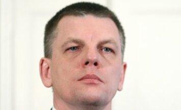 Dombrovskis spēra cilvēciski saprotamu un cienījamu soli, domā Repše