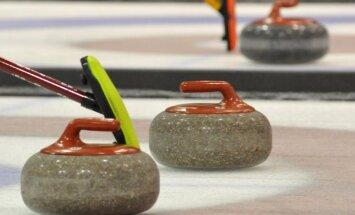Latvijai divas trešās vietas Eiropas kērlinga čempionāta B grupā