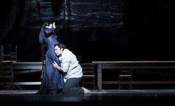 Fotoreportāža: Latvijas Nacionālā opera viesizrādēs Omānā