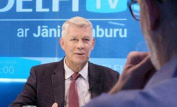'Delfi TV ar Jāni Domburu' – atbild Valdis Zatlers. Pilns ieraksts