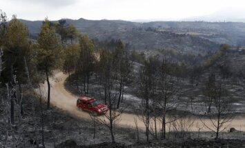 Spānijā turpina plosīties mežu ugunsgrēki