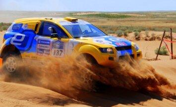 Saukāna pārstāvētajai ekipāžai 16.vieta 'Africa Eco Race' rallijreida trešajā posmā