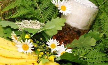 Svinēt veselībai draudzīgi un tradicionāli. Cik daudz siera un alus likt galdā Līgo vakarā