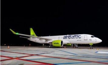 ФОТО: airBaltic получила девятый самолет Bombardier CS300