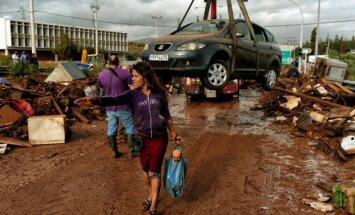 Foto: 'Bibliskos' plūdos Grieķijā vismaz 15 bojāgājušo