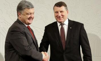 Porošenko: Latvija ir efektīvs advokāts Ukrainas pozīcijai ES