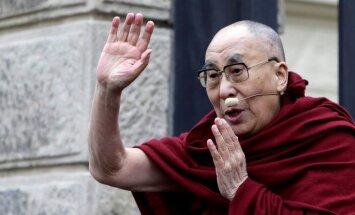 Dalailama vēlas satikt Trampu