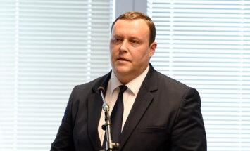 Глава МВД: задержанный работник LDz не просто невинно фотографировал технику НАТО