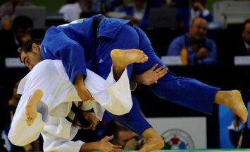 Džudists Duinovs paliek soļa attālumā no Eiropas kadetu čempionāta bronzas godalgas