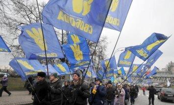 Jaunais Krimas premjers apliecina lojalitāti Janukovičam