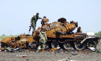 Stoltenbergs: NATO ir daudz pierādījumu Krievijas karaspēka klātbūtnei Donbasā