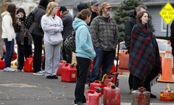 Ņujorkas un Ņūdžersijas štatos pēc 'Sendijas' sākusies degvielas krīze
