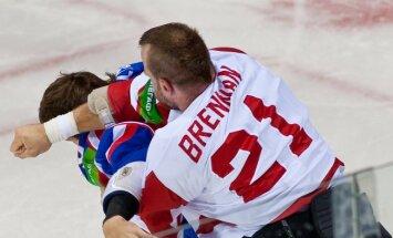 Viktors Tihonovs aicina izslēgt 'Vitjazj' no KHL