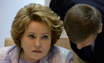 Matvijenko aicina izskatīt scenārijus, kas neparedz militāru iejaukšanos Ukrainā