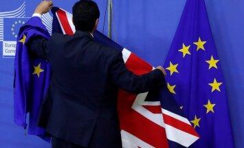 Lielbritānija ES pilsoņiem sola vienkāršu reģistrāciju pēc 'Brexit'