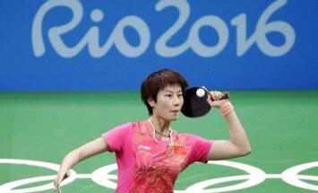 Ķīnietes izcīna pirmās Rio medaļas galda tenisā