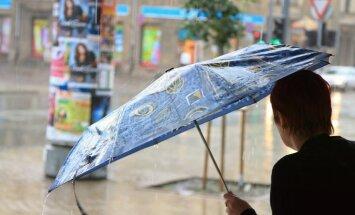 Dienā valsts austrumos iespējams pērkona negaiss