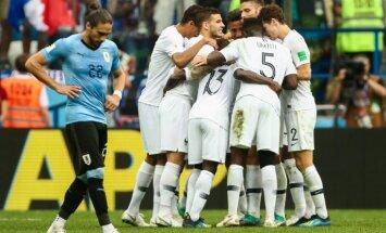 Франция забила дважды Уругваю и стала первым полуфиналистом ЧМ-2018