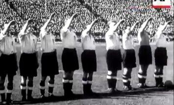 Лавров отправил Джонсону фото сборной Англии с нацистским жестом