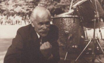 Tapusi filma par Latvijas vienaudzi – komponistu Eduardu Rozenštrauhu