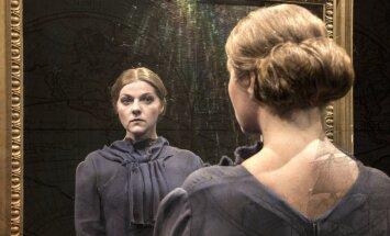 Valmieras teātrī top Maksima Gorkija luga par dzimtas glābšanu
