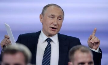 Генсек НАТО расценил слова Путина о военных в Донбассе как признание