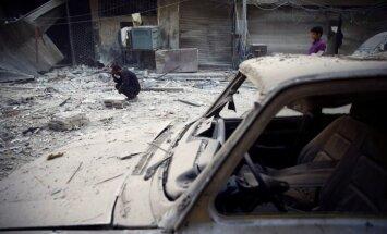 Sīrijas spēku uzbrukumos nemiernieku rajonam nogalināti 14 civiliedzīvotāji
