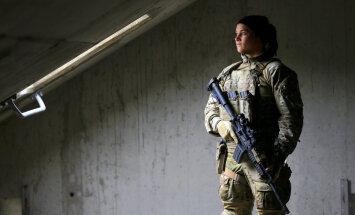 Foto: NATO lepnums – Norvēģijas elites karotājas