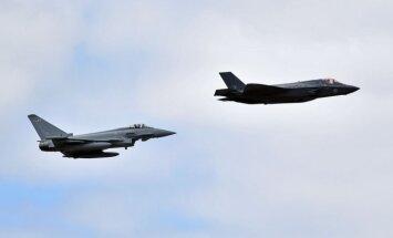 Spānijas iznīcinātāja izšauto raķeti Igaunijā turpinās meklēt no gaisa