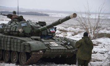 ES nedēļas laikā sagatavos personu sarakstu, pret kurām vērsīs sankcijas par krīzi Ukrainā