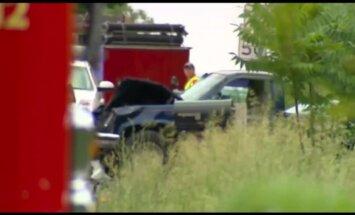 ASV autobraucējs ietriecas velosipēdistu grupā – pieci bojāgājušie