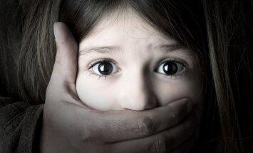 Bērnu psihiatrs: bērnībā pieredzēta vardarbība veido neatgriezeniskas sekas smadzeņu struktūrā