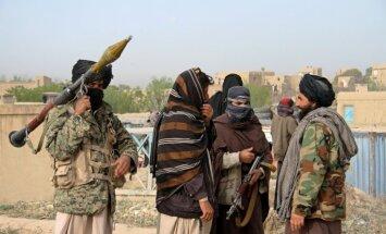 NATO komandieris: Krievija, iespējams, apgādā talibus Afganistānā