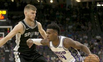 Bertānam neliels spēles laiks 'Spurs' zaudējumā 'Warriors'