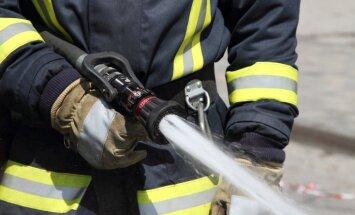 LTV7: пожарный добился перерасчета зарплат для коллег, пограничников и работников тюрем