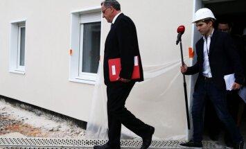 Francijas prokuratūra sākusi izmeklēšanu pret ministru Rišāru Fero