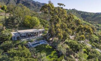 Tuvāk debesīm: apburoša un moderna māja kalnu ielokā