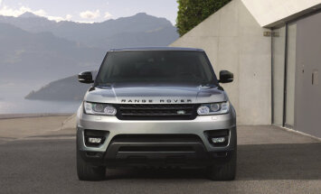 Modernizētais 'Range Rover Sport' ieguvis četrcilindru dzinēju