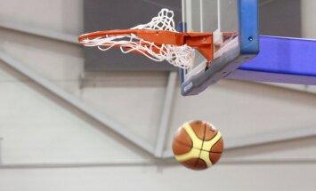 Latvijas U-18 basketbolisti ar uzvaru pret Franciju sāk dalību Eiropas čempionātā