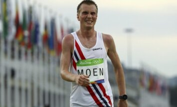 Norvēģis Moens ar jaunu Eiropas rekordu uzvar Fukuokas maratonā