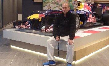 СМИ: В аварии вертолета под Приекуле погиб друг чемпиона Европы Каетановича