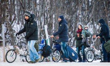 Foto: Samazinās arī migrantu-velosipēdistu plūsma caur Krieviju uz Skandināviju