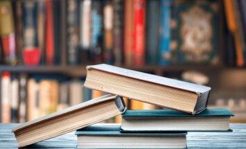 Lauku bibliotēkās visvairāk lasa Latvijas rakstnieču darbus un erotiskos romānus